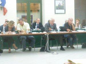 Séance du Conseil Municipal de Tarascon dans POLITIQUE p1000486-300x225