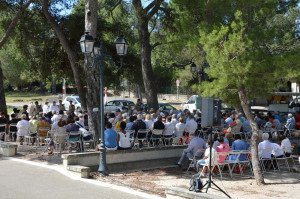 DSC_0248-messe en plein air à Fontvieille