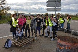 DSC_0981-lycéens en soutien des Gilets jaunes