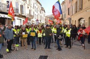 DSC_0179-La Marseillaise et l'internationale et on cherche le maire