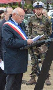 DSC_0263-Monsieur Limousin, Maire de Tatrascon