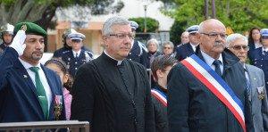 DSC_0278-Monsieur le Maire et Monsieur l'archiprêtre
